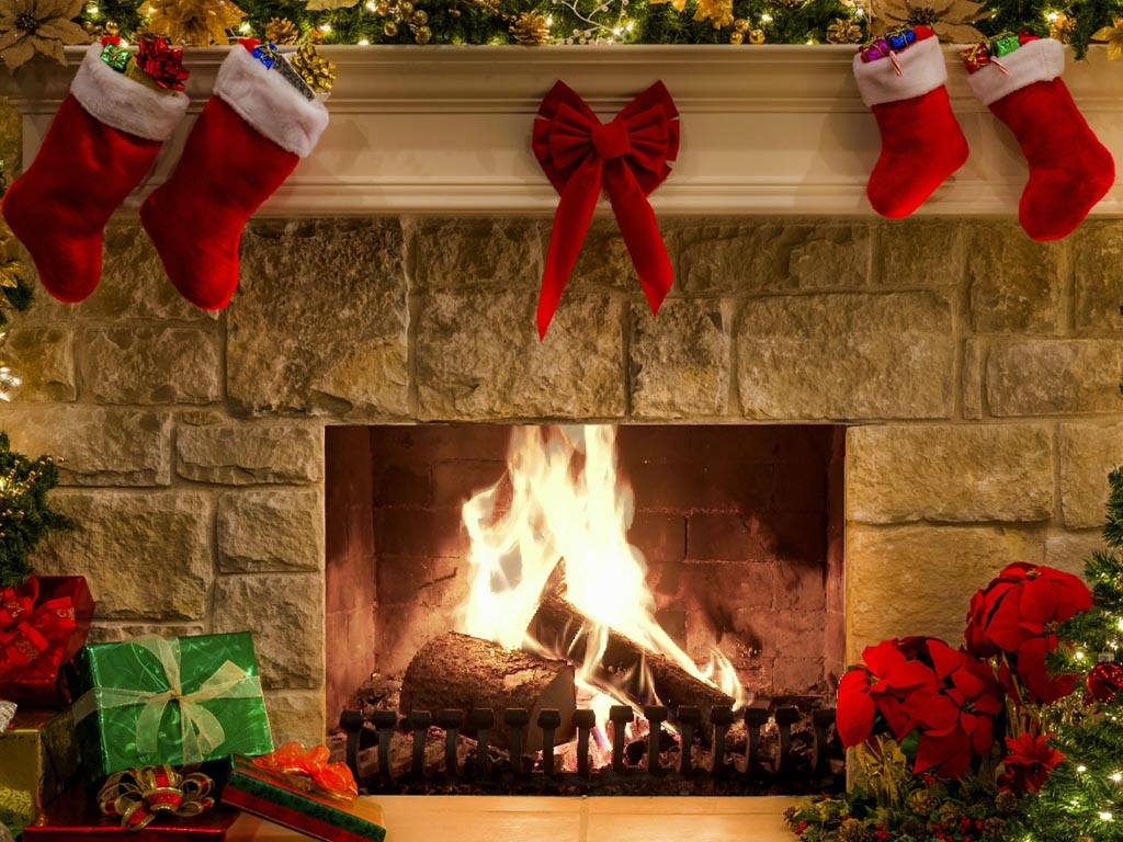new year screensaver new year fireplace screenshot 1